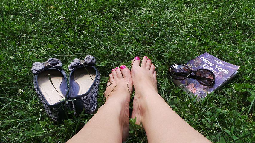 feet-341029__480